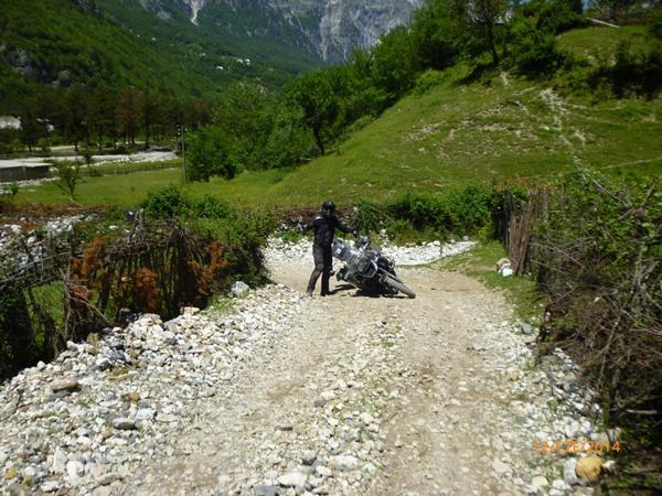 29 Albania Teth