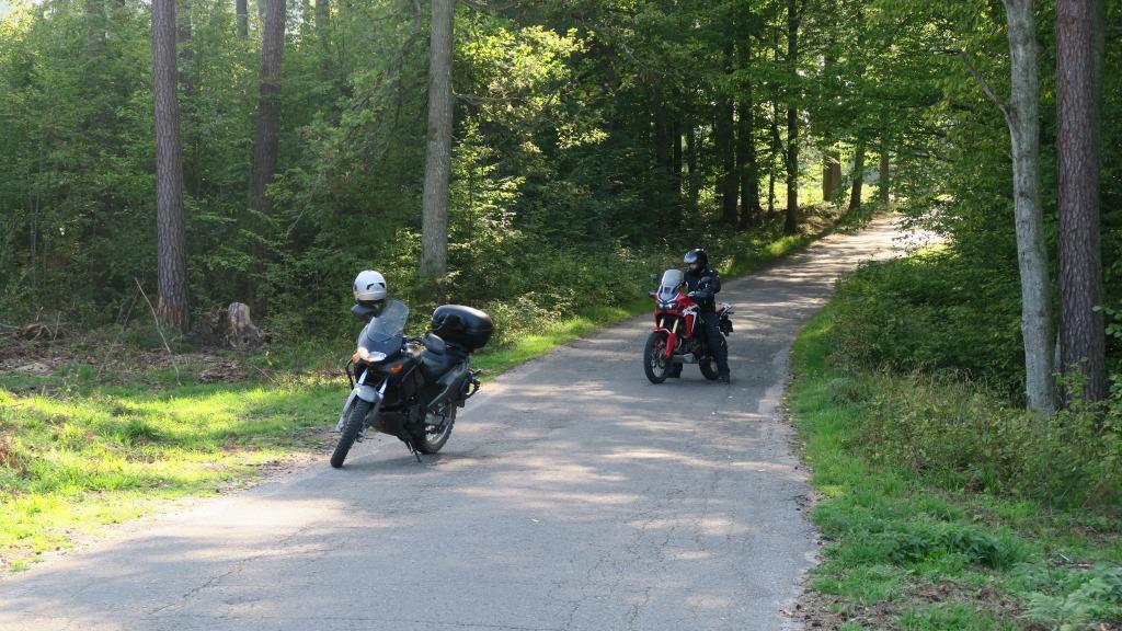 aprilia_pegaso_honda_africa_twin_motocyklicznie