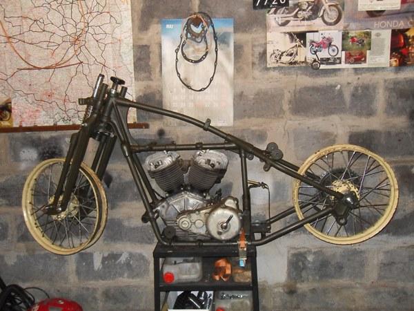 Rozmowa 2. Motocykl do renowacji dostarczony przez kolekcjonera