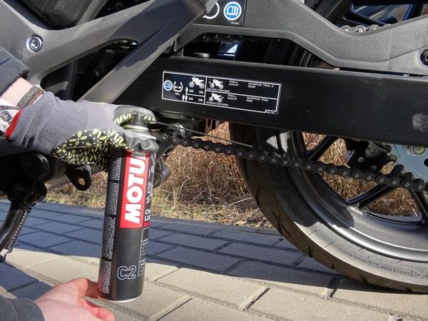 smarowanie lancucha motocyklicznie