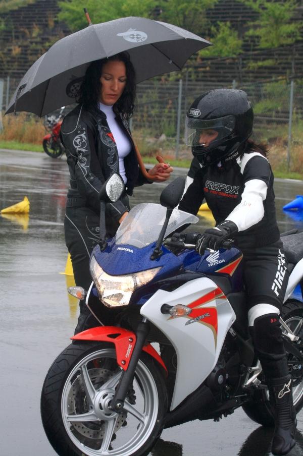 Szkolenie pod okiem doświadczonego instruktora - bezcenne. Honda Motorista.