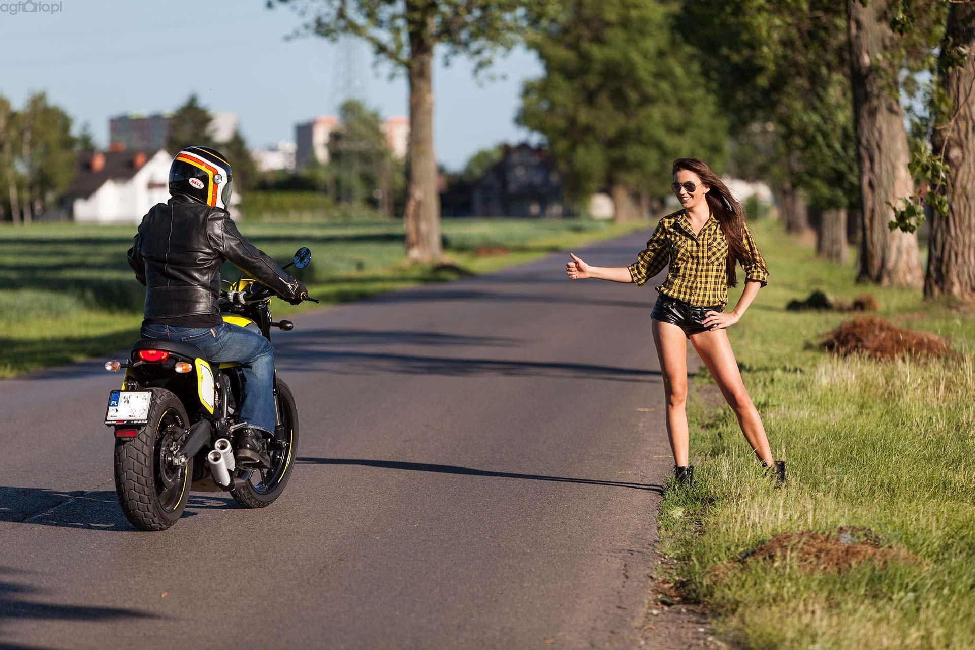 ducati_scrambler_autostopem_motocyklicznie