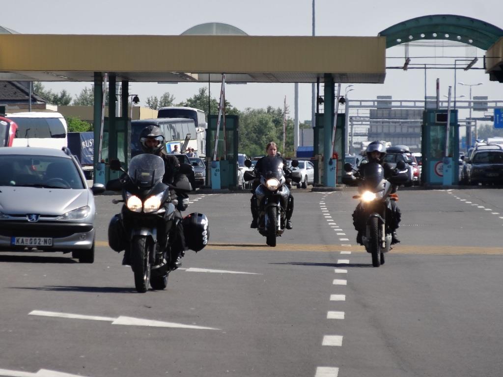 jazda_w _grupie_motocyklicznie.jpg