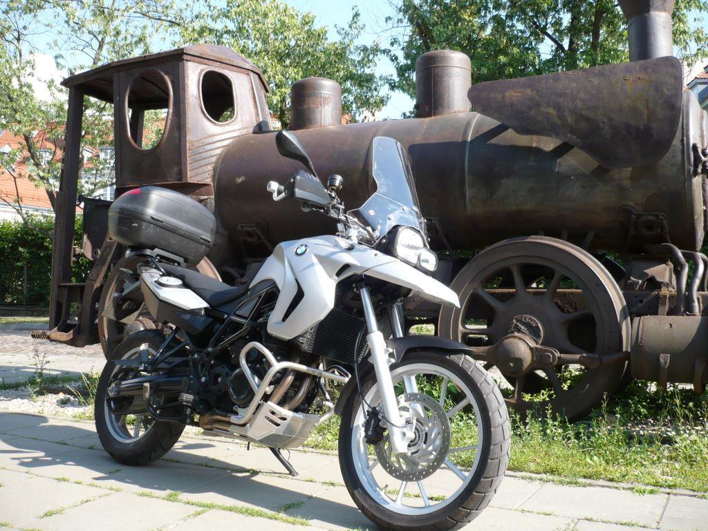 szyba_turystyczna_givi_bmw_f650gs_motocyklicznie