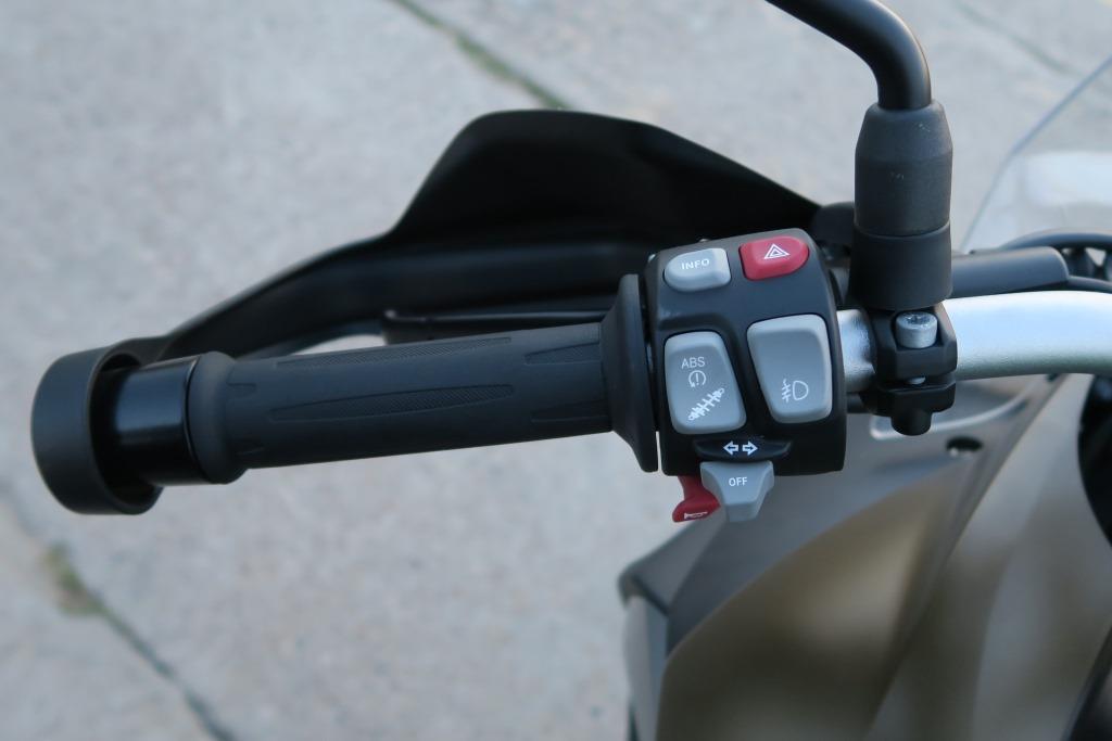 bmw_f800gs_manetka_lewa_motocyklicznie