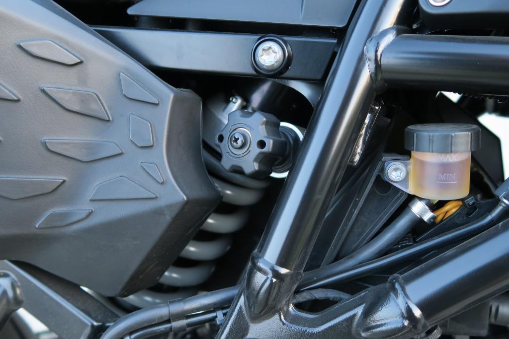 bmw_f800gs_regulacja_zawieszenia_motocyklicznie