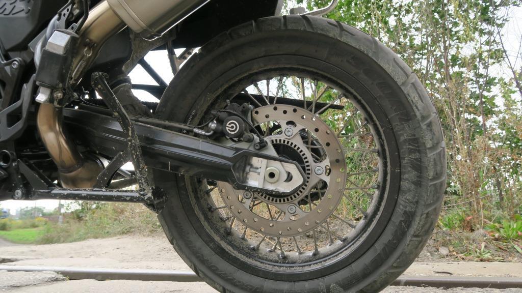 bmw_f800gs_tarcza_hamulcowa_motocyklicznie