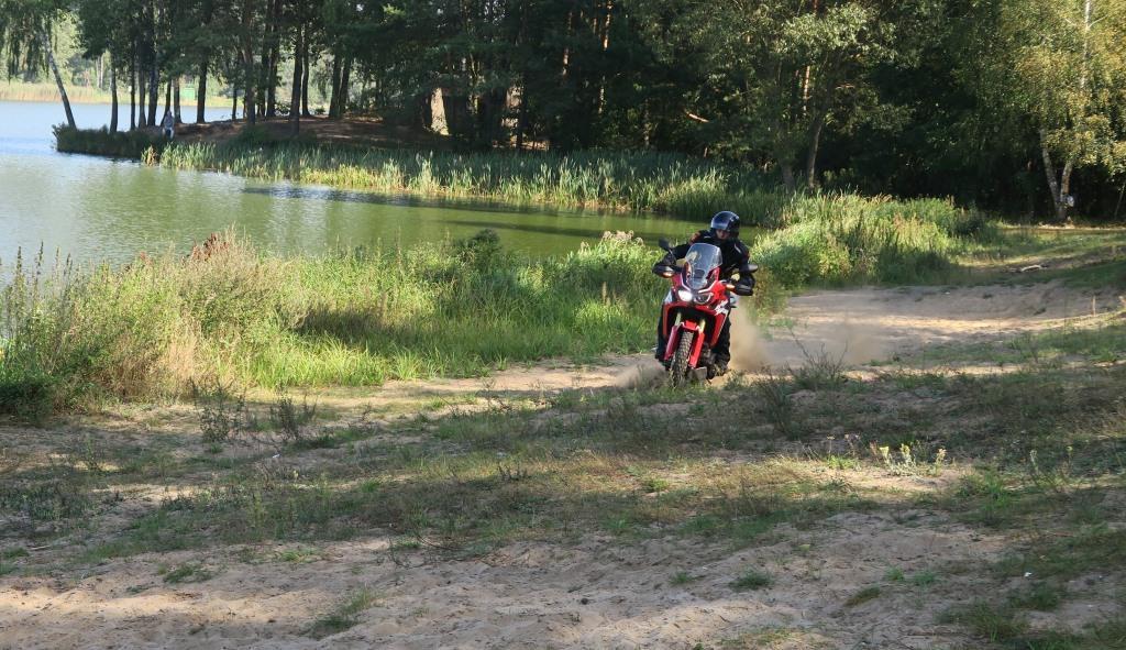 honda_africa_twin_enduro_motocyklicznie