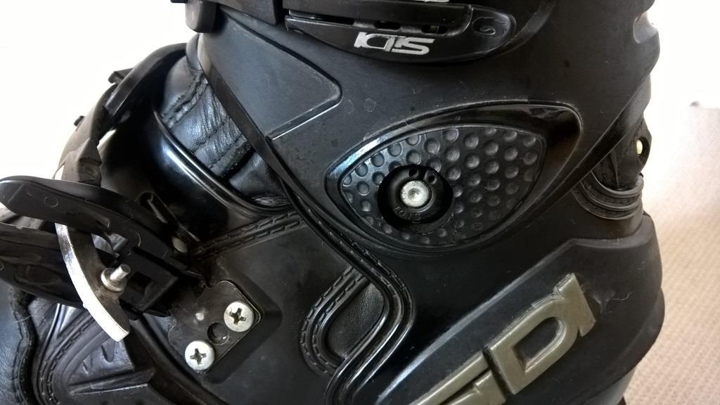 sidi_adventure_test_ochraniacz_kostki_motocyklicznie